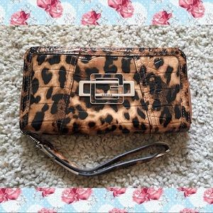 GUESS cheetah/leopard vinyl wallet